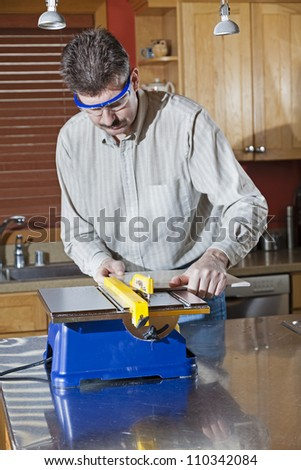 Cutting tile