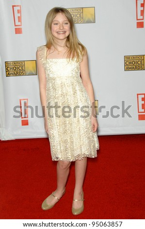 DAKOTA FANNING at the 12th Annual Critics' Choice Awards at the Santa Monica Civic Auditorium. January 12, 2007  Los Angeles, CA Picture: Paul Smith / Featureflash