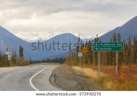 Dalton Highway to Deadhorse Alaska - stock photo