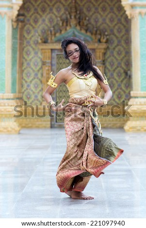 Dancer of the traditional Thai style - stock photo