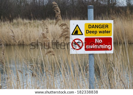 danger deep water sign - stock photo