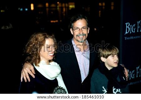 Daniel Wallace, writer of novel, and his family at premiere of BIG FISH, 12/4/2003, by Janet Mayer - stock photo