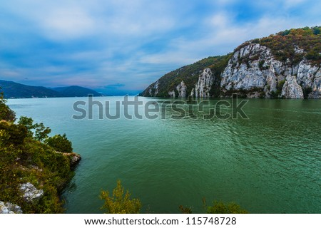 Danube pass through the Carpathian Mountains