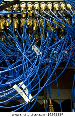 Data Cables and Plugs