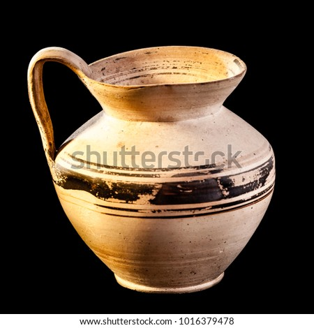Daunian jug, Terracotta, Subgeometric style isolated over a black background