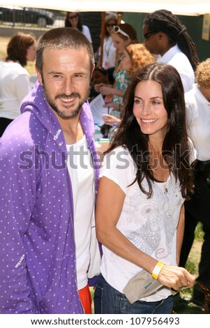 "David Arquette and Courteney Cox at ""A Time For Heroes Celebrity Carnival"" benefitting the Elizabeth Glaser Pediatric AIDS Foundation. Wadsworth Theater, Los Angeles, CA. 06-08-08"