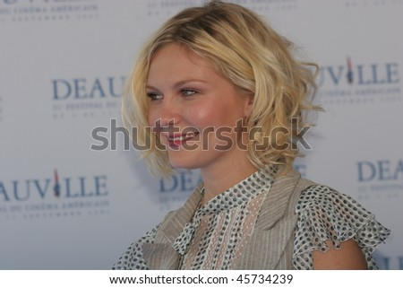 DEAUVILLE, FRANCE - SEPTEMBER 07: Actress Kirsten Dunst poses at the photocall for 'Elizabethtown' at the 31st Deauville Festival Of American Film on September 7, 2005 in Deauville, France - stock photo
