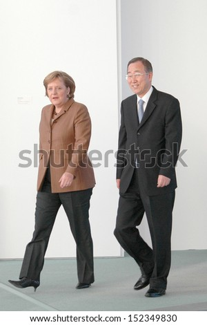 DECEMBER 7, 2006 - BERLIN: Chancellor Angela Merkel, Secretary General of the UN Ban Ki Moon at a meeting in the Chanclery in Berlin.