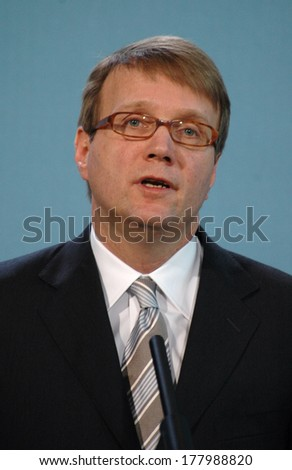 DECEMBER 8, 2005 - BERLIN: Roland Pofalla at a press conference in the Chanclery in Berlin.