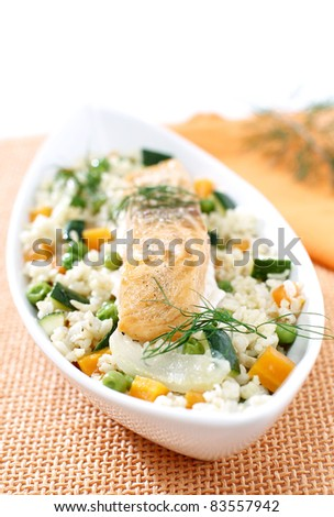 Delicious summer risotto with salmon
