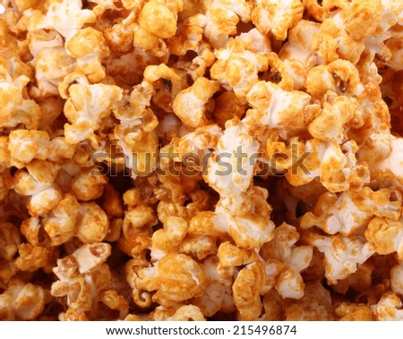 Delicious sweet and crunchy caramel popcorn