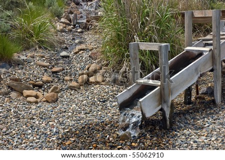 how to build a gold sluice