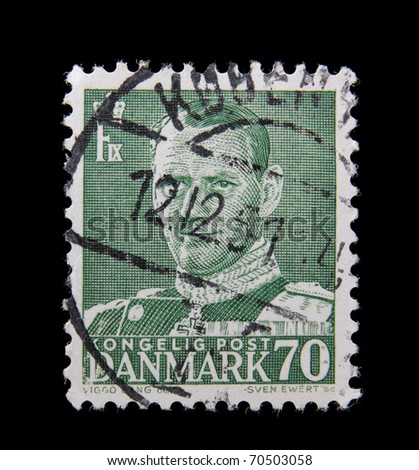 DENMARK - CIRCA 1939: A post stamp printed in Denmark shows image of King Christian X, circa 1939