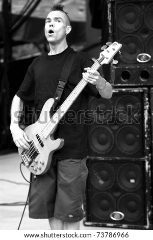 DENVER - 	JUNE 10: Bassist Mark Mawk Young of the Alternative Rock Band Hed PE performs in concert June 10, 2003 at Red Rocks Amphitheater in Denver, CO.