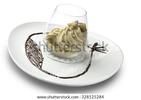 Dessert The different textures Chestnut in a Glass