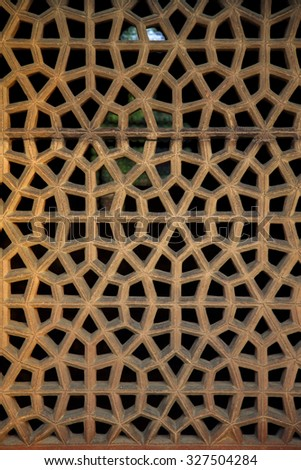 Detail of carved wood work in the Humayun tomb. The Mughal Emperor Humayun thumb in Delhi, India.