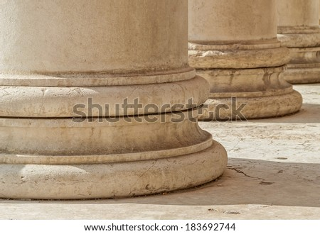 """Detail of the antique temple """"Glyptothek"""" in Munich in Bavaria - stock photo"""