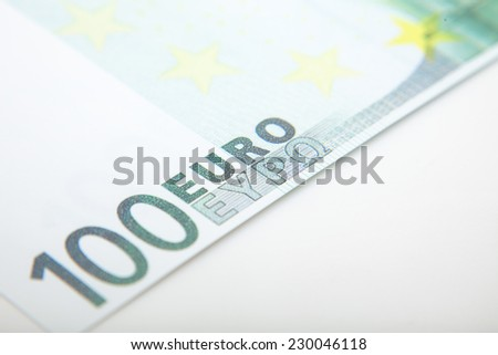 Detail shot of a 100 euro note.