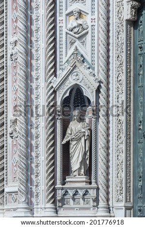 Details of Basilica of Santa Maria del Fiore (Basilica of Saint Mary of the Flower) in Florence, Italy