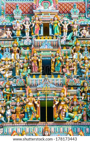 Details of Hindu Temple in Singapore.