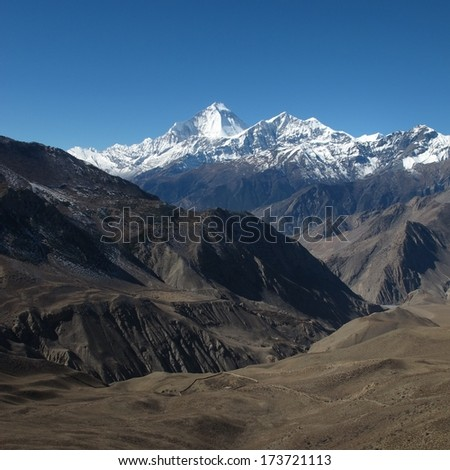 Dhaulagiri and Tukuche Peak, autumn scene