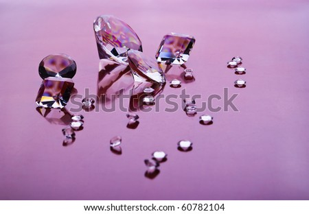 diamonds with different sizes in purple light