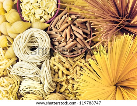 different types of pasta. whole wheat pasta, pasta, corn, rice noodles