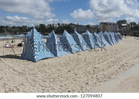 Dinard - Brittany (France) - Beach of Elegance - Cabins on the beach