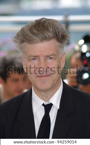 Director DAVID LYNCH at the 2002 Cannes Film Festival where he is president of the jury. 15MAY2002.  Paul Smith / Featureflash