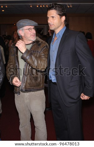 Director STEVEN SPIELBERG (left) & actor ERIC BANA at an industry screening for their new movie Munich. December 20, 2005.  Beverly Hills, CA  2005 Paul Smith / Featureflash