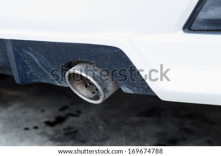 dirty exhaust pipe
