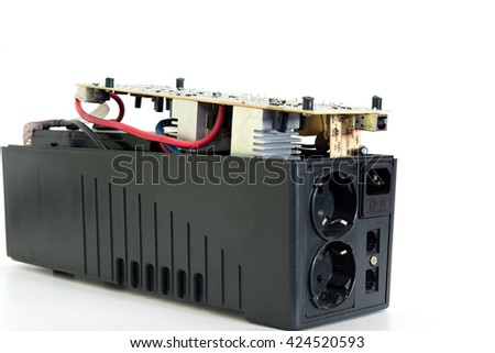 Dismantling and repair of a uninterruptible power supply