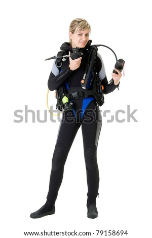 diver checking pressure by manometer before dive