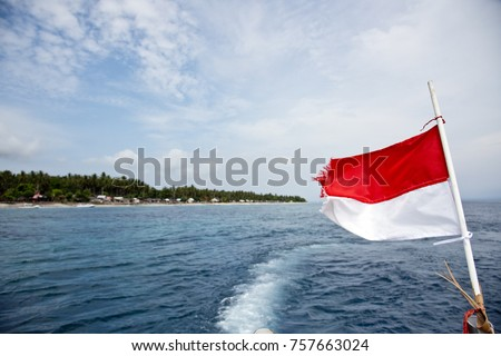 Diving Trip with speedboat in Nusa Penida, Bali, Indonesia on the balinese coast line