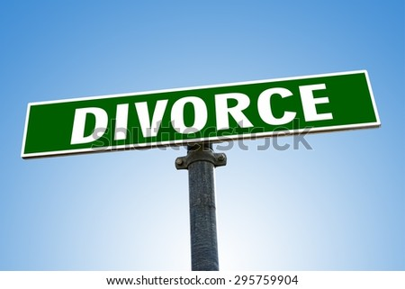 DIVORCE word on green road sign