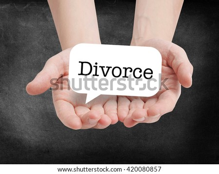 Divorce written on a speechbubble