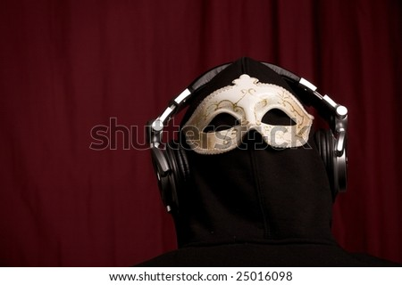 dj with mask