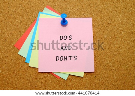 Do's and Don't's written on color sticker notes over cork board background.