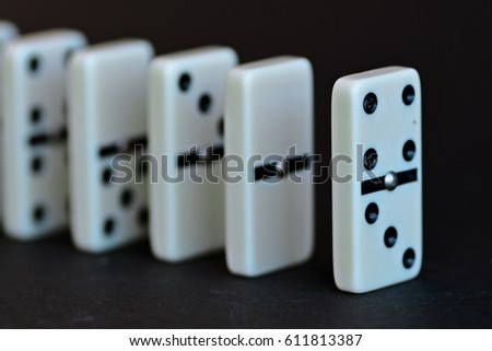 dominoes in a row