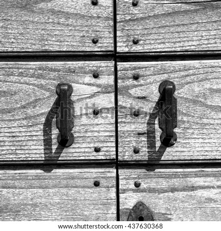 door in italy old ancian wood and traditional  texture nail