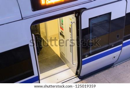 door of high speed train door & Door High Speed Train Door Stock Photo 125019359 - Shutterstock