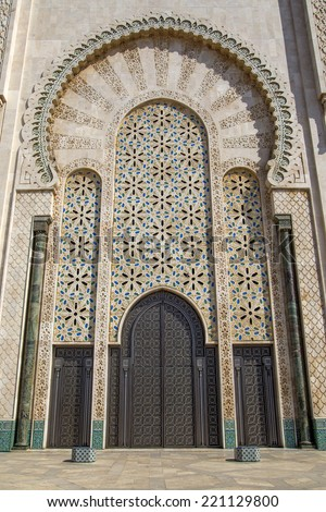 Door on the mosque Hassan II in Casablanca, Morocco