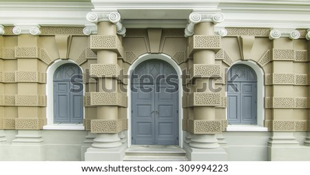 Door, windows and Roman Column