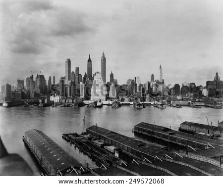 Downtown New York City skyline from Brooklyn, 1931. Towers in the financial District include the Singer Building, demolished in 1968 to clear the site for 1 Liberty Plaza. Photo by Irving Underhill. - stock photo