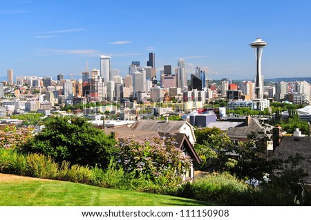 Downtown Seattle with a view of the Space Needle and Mount Rainier, WA, USA