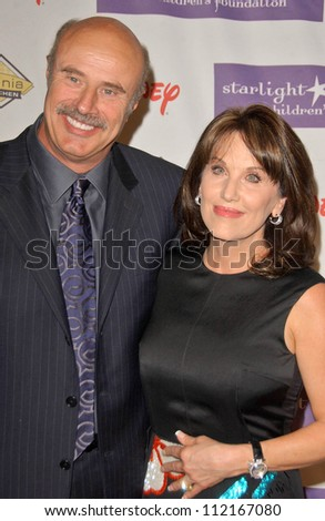 "Dr Phil McGraw and Robin McGraw at Starlight Starbright Children's Foundation's ""A Stellar Night 2007"" benefit gala. Beverly Hilton Hotel, Beverly Hills, CA. 03-22-07"