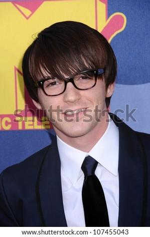 Drake Bell  at the 2008 MTV Video Music Awards. Paramount Pictures Studios, Los Angeles, CA. 09-07-08
