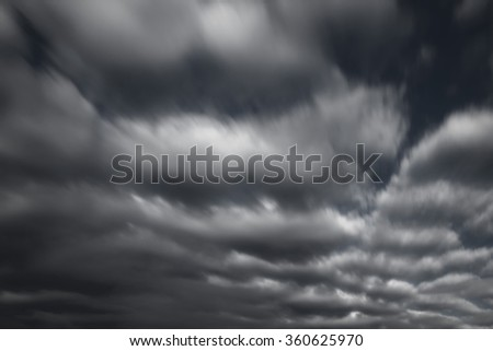 Dramatic Sky in Motion