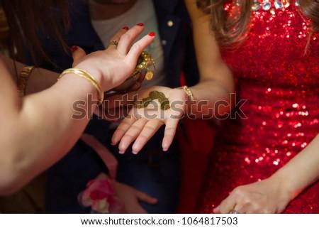 Henna Party Nyc : Henna party zohar productions
