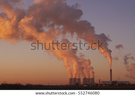 DRAX COAL FIRED POWER STATION AT SUNSET SELBY NORTH YORKSHIRE ENGLAND